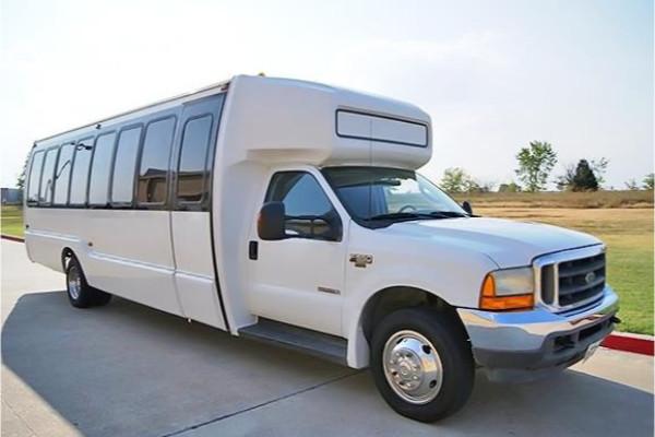 20 passenger shuttle bus rental Lima
