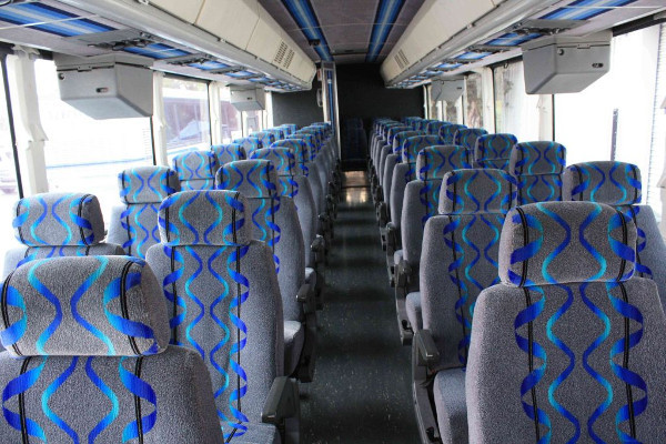 30 person shuttle bus rental Newark